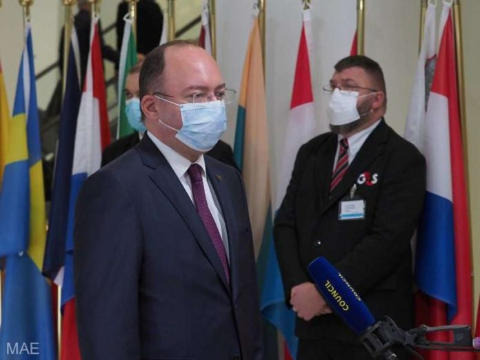 Ministrul Aurescu a vorbit, la Luxemburg, despre necesitatea elaborării unei 'veritabile strategii' privind relaţiile UE - Rusia