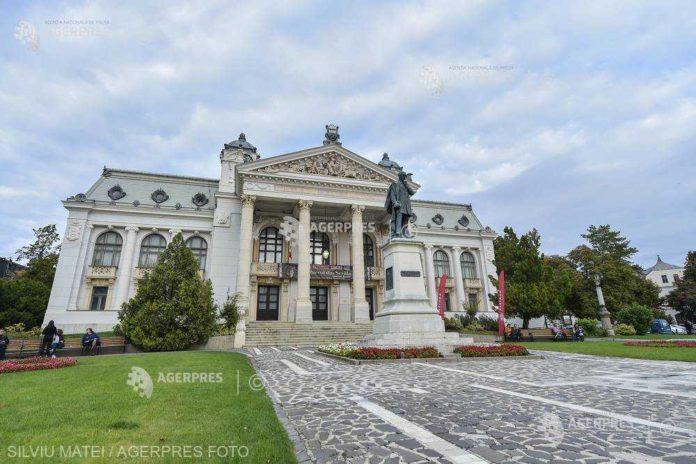 Iaşi: Expoziţii organizate pentru a marca 180 de ani de la înfiinţarea Teatrul Naţional ''Vasile Alecsandri''