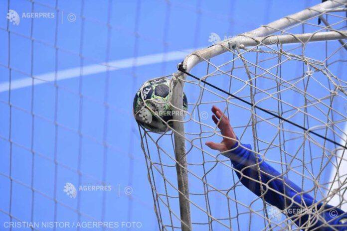 Handbal feminin: Victorii în Liga Naţională pentru Rapid şi Măgura Cisnădie